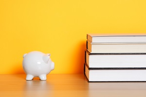 """Homes.com® Offers """"Top 10 Tips to Pay off College Debt and Still Save for a House"""""""